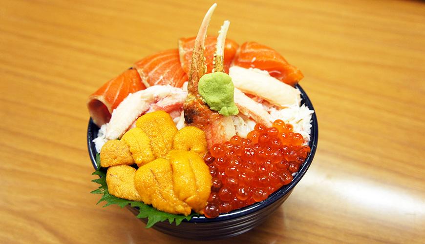 北海道小樽三角市場內的味処たけだ
