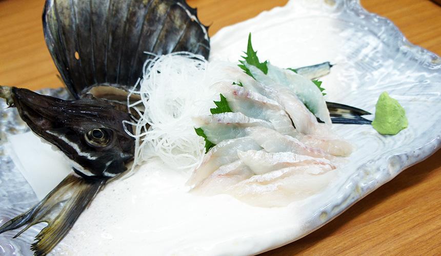 味処たけだ的八角魚生魚片