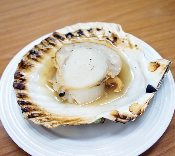 味処たけだ的燒烤帆立貝