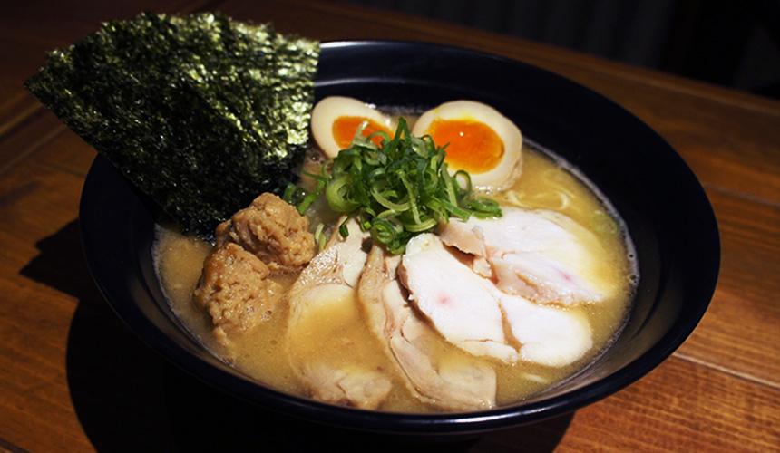 札幌鶏まさ的特製濃厚雞白湯拉麵