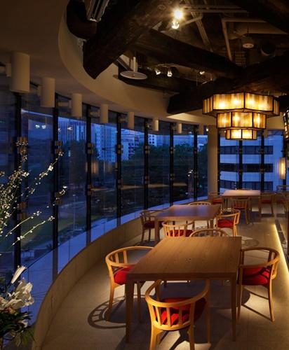 札幌必吃海鮮壽司店炙屋大通BISSE店的窗外夜景