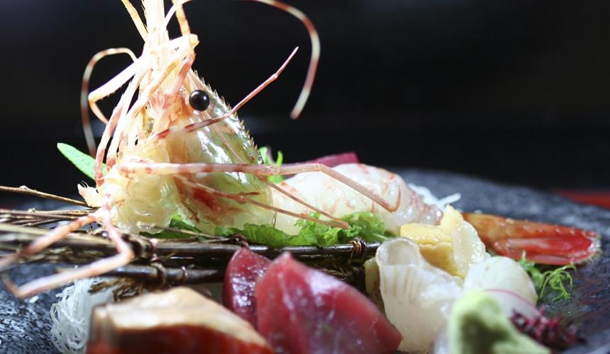 札幌必吃海鮮壽司店炙屋大通BISSE店的一人份五款生魚片拼盤