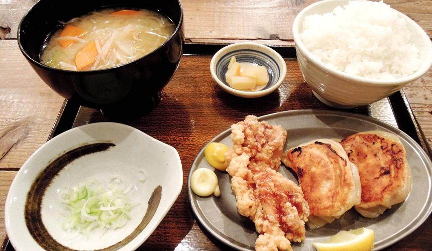 札幌SAPPORO餃子製造所的定食套餐