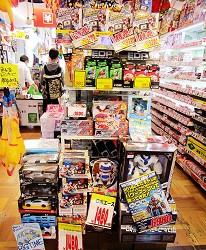 北海道必逛人氣藥妝、最潮家電推薦:「唐吉訶德狸小路店」的有趣的玩具