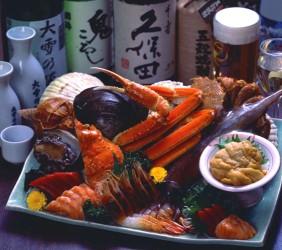 函馆必吃炭火烧烤名店「きくよ食堂 Bay Area店」的丰富料理