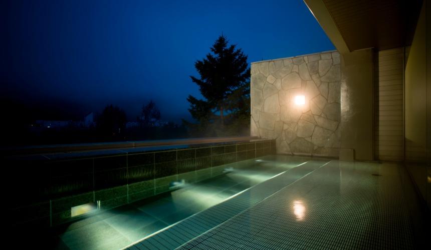 北海道最大四季度假勝地「留壽都度假區」的露天大浴池