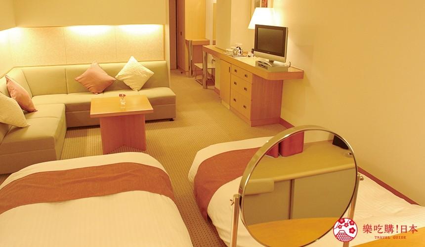 札幌飯店推薦:購物中心札幌工廠旁,客房高雅舒適的「札幌克拉比飯店」!