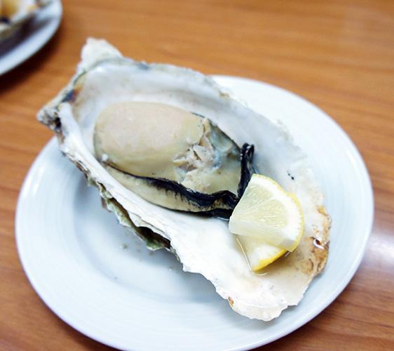 味処たけだ的烧烤牡蛎