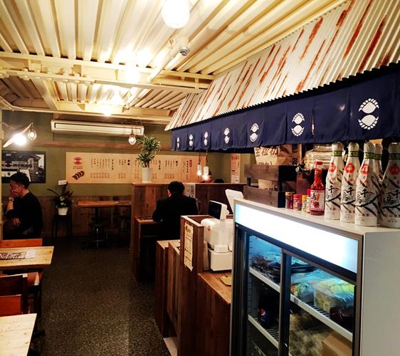 SAPPORO餃子製造所薄野店店內