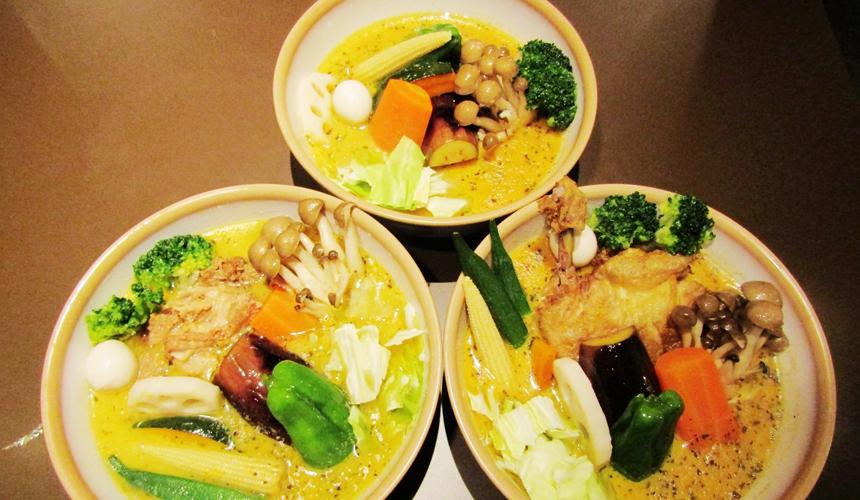 湯咖哩SOUPCURRY柴魚日式高湯雞骨豚骨