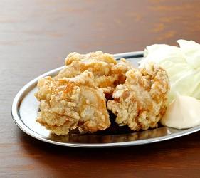 北海道札幌传统味噌拉面专门店「味噌吟札幌本店」的炸鸡