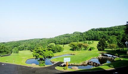 高爾夫球迷必看!北海道「札幌手稻高爾夫球俱樂部」內蕗之臺餐廳的窗外景色