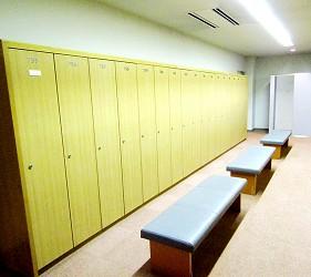高爾夫球迷必看!北海道「札幌手稻高爾夫球俱樂部」更衣室一景