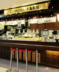北海道必逛連鎖大型購物中心「AEON千歲店」的AEON美食區的丸龜製麵