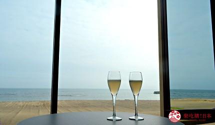 北海道函館湯之川王子飯店「渚亭」的海景欣賞休息室