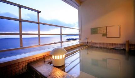 北海道函館湯之川王子飯店「渚亭」的露天溫泉