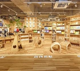 北海道函館五稜郭美食、購物推薦「SHARE STAR HAKODATE」的「無印良品」的木育廣場