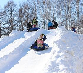 札幌自由行冬天必去滑雪景点「札幌雪祭」TSUDOME会场