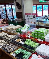 北海道必逛连锁大型购物中心「AEON千岁店」的六花亭和菓子