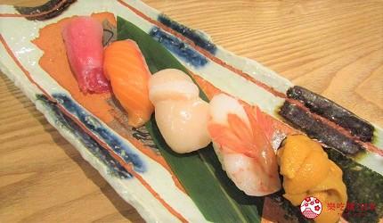 札幌狸小路吃和牛海鮮店「北海道朝市」的料理「特選握壽司5種」(お寿司特上5貫)