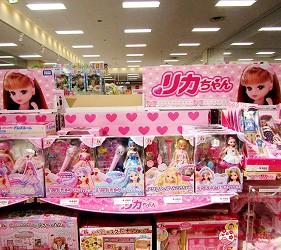 北海道札幌最大規模商場「AEON MALL 札幌發寒店」的兒童商品