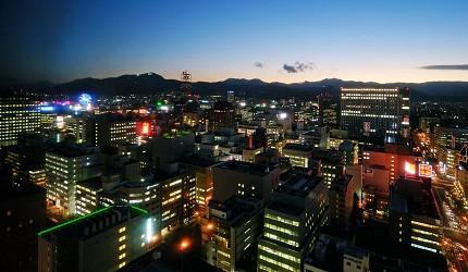 北海道札幌住宿推荐札幌ANA皇冠假日酒店餐厅美食石狩铁板烧餐厅夜景