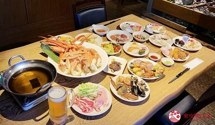 能夠讓你一次吃遍螃蟹、壽司、牛排等100種以上北海道美食的高質量吃到飽自助餐餐廳Premium Live Kitchen 「The Sakura Buffet」內的桌子夠大張,唔怕眼闊肚窄拎得太多野食