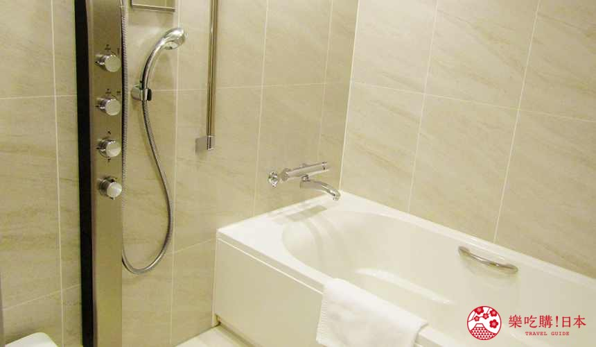 函馆住宿推荐青年旅馆「HakoBA 函馆」的浴室