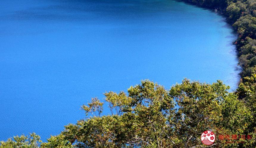 日本北海道自由行推介道東釧路的道東三湖中的摩周湖的湖景