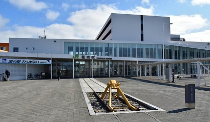 日本北海道最北端的地區稚内市宗谷的日本最北的車站稚內車站外的「最北端的線路」拍照點