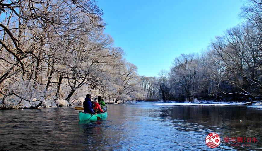 北海道道東三湖必玩雪上活動推薦推介兩旁樹下湖冰獨木舟
