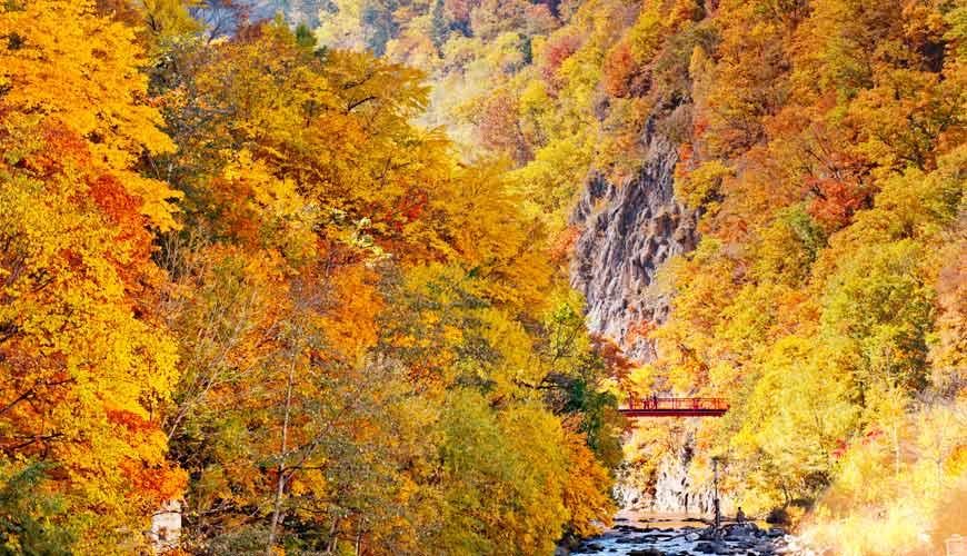 北海道札幌定山溪溫泉景點二見吊橋